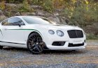 The Bentley Continental GT3-R makes its dynamic debut on the ice