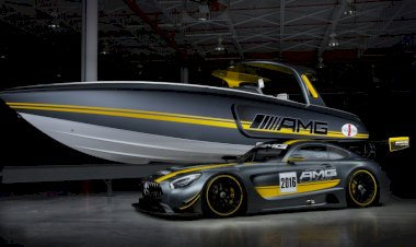 Two Powerhouses Roared into the Miami International Boat Show