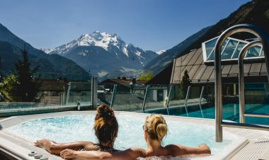 Snowbombing announces more acts for 2015