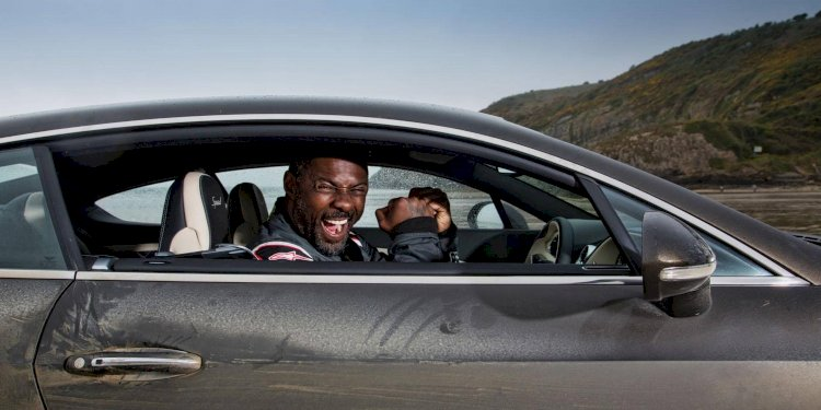 Bentley helps Idris Elba follow in famous footsteps of Sir Malcolm Campbell. Photo by Bentley Motors