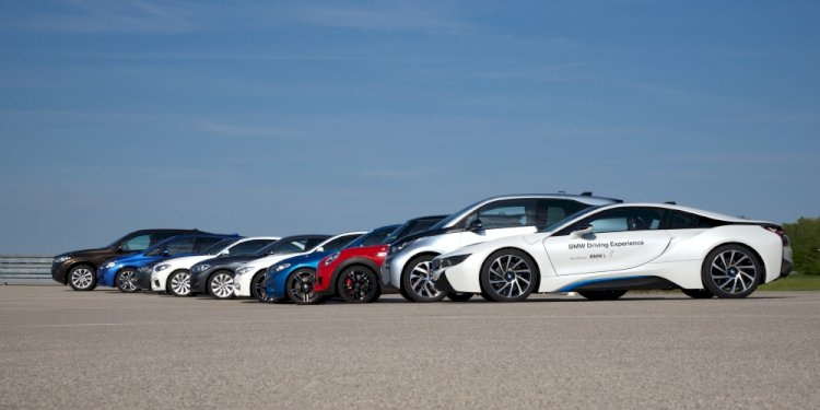 The BMW and MINI Driving Experience. Photo by BMW Group