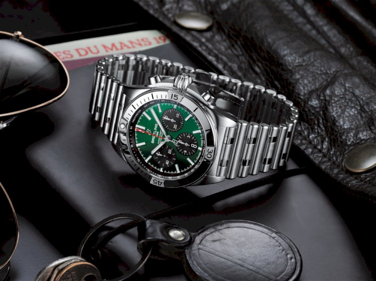 The Breitling Chronomat BO1 42 Bentley. Photo by Breitling/Bentley