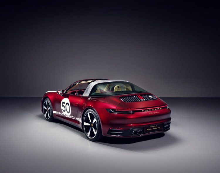 Porsche 911 Targa 4S Heritage Design Edition. Photo by Porsche AG