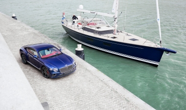 Contest Yachts collaborates with Bentley Motors